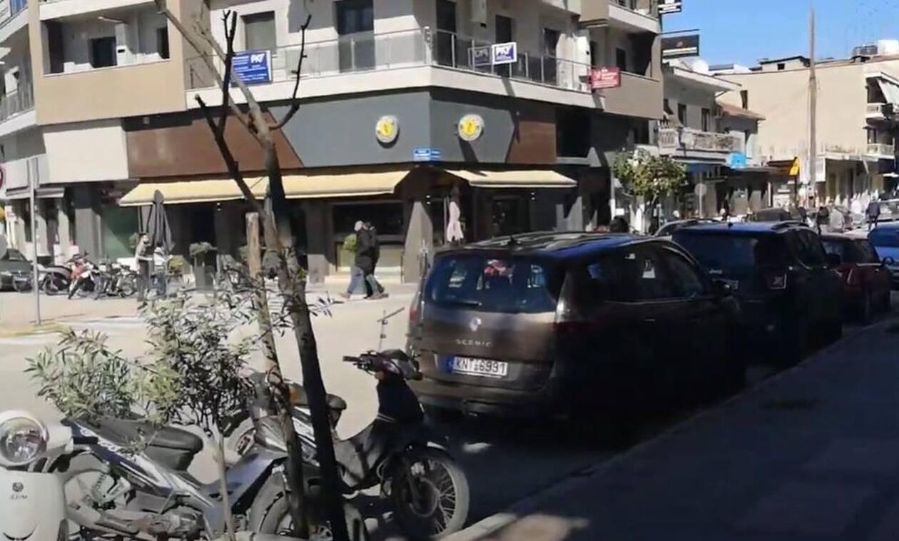 Σεισμός Ελασσόνα: Η στιγμή που τα ρίχτερ «χτυπάνε» - Συγκλονιστικά βίντεο