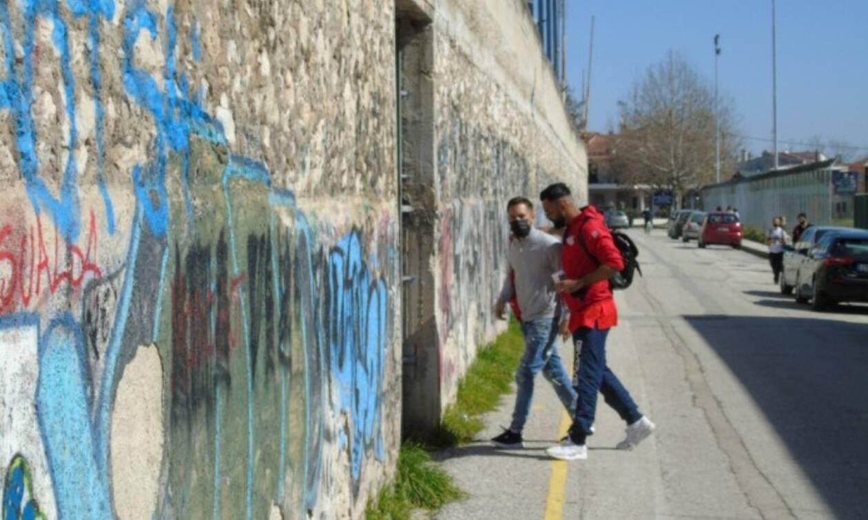 Σεισμός Ελασσόνα - Τρίκαλα-Παναχαϊκή: Έπεσαν σοβάδες στο Στάδιο από τον σεισμό (pics)