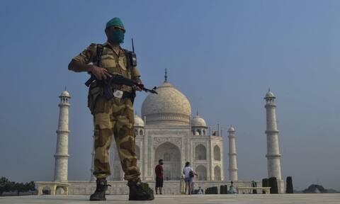 Συναγερμός στην Ινδία: Εκκενώνεται το Ταζ Μαχάλ μετά από απειλή για βόμβα