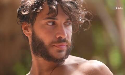 Survivor: Νέο «άδειασμα» των κόκκινων στον Τζέιμς – Του έβγαλαν τραγούδι! (video)
