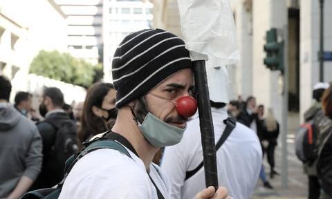 ΣΕΗ: Ολοκληρώθηκε η πορεία καλλιτεχνών στην Αθήνα