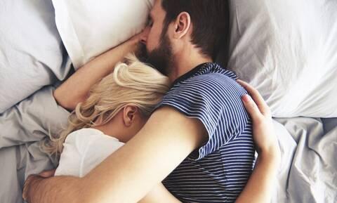Σεξ: Πότε τα ζευγάρια ρουτινιάζουν;