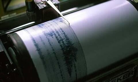 Σεισμός Ελασσόνα: Ταρακουνήθηκαν Βόλος και Τρίκαλα - Ο κόσμος βγήκε και πάλι στους δρόμους
