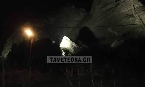 Σεισμός Ελασσόνα: Αποκολλήθηκε βράχος των Μετεώρων από τον σεισμό και έπεσε κοντά σε σπίτια