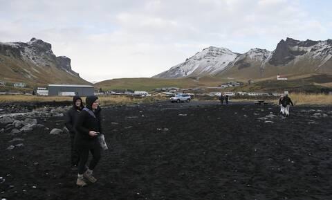 Ισλανδία: Απομακρύνεται ο κίνδυνος ηφαιστειακής έκρηξης κοντά στο Ρέικιαβικ