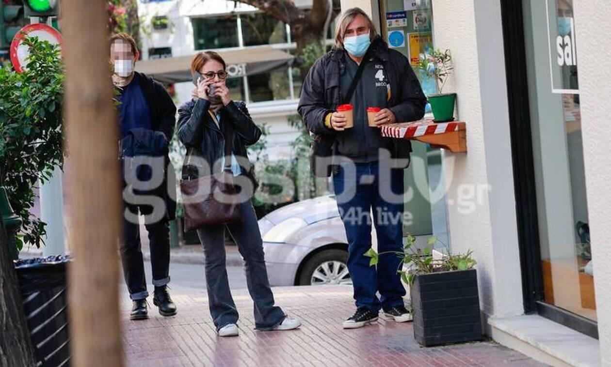 Ακης Σακελλαρίου: Βόλτα με τη σύζυγό του!