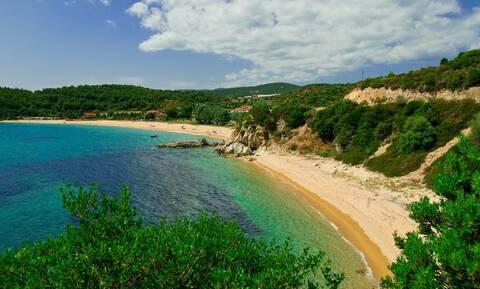 Πάτμος και Χαλκιδική στις 10 «μυστικές» παραλίες της Ευρώπης