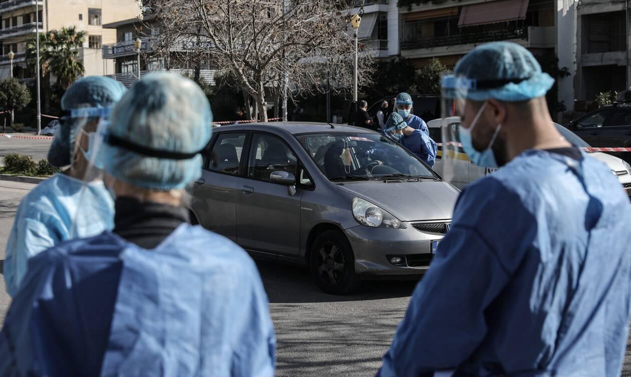 Βασιλακόπουλος στο Newsbomb.gr: Κομβικό το επόμενο 15νθήμερο - Ποια θα είναι η ανοσία έως το Πάσχα