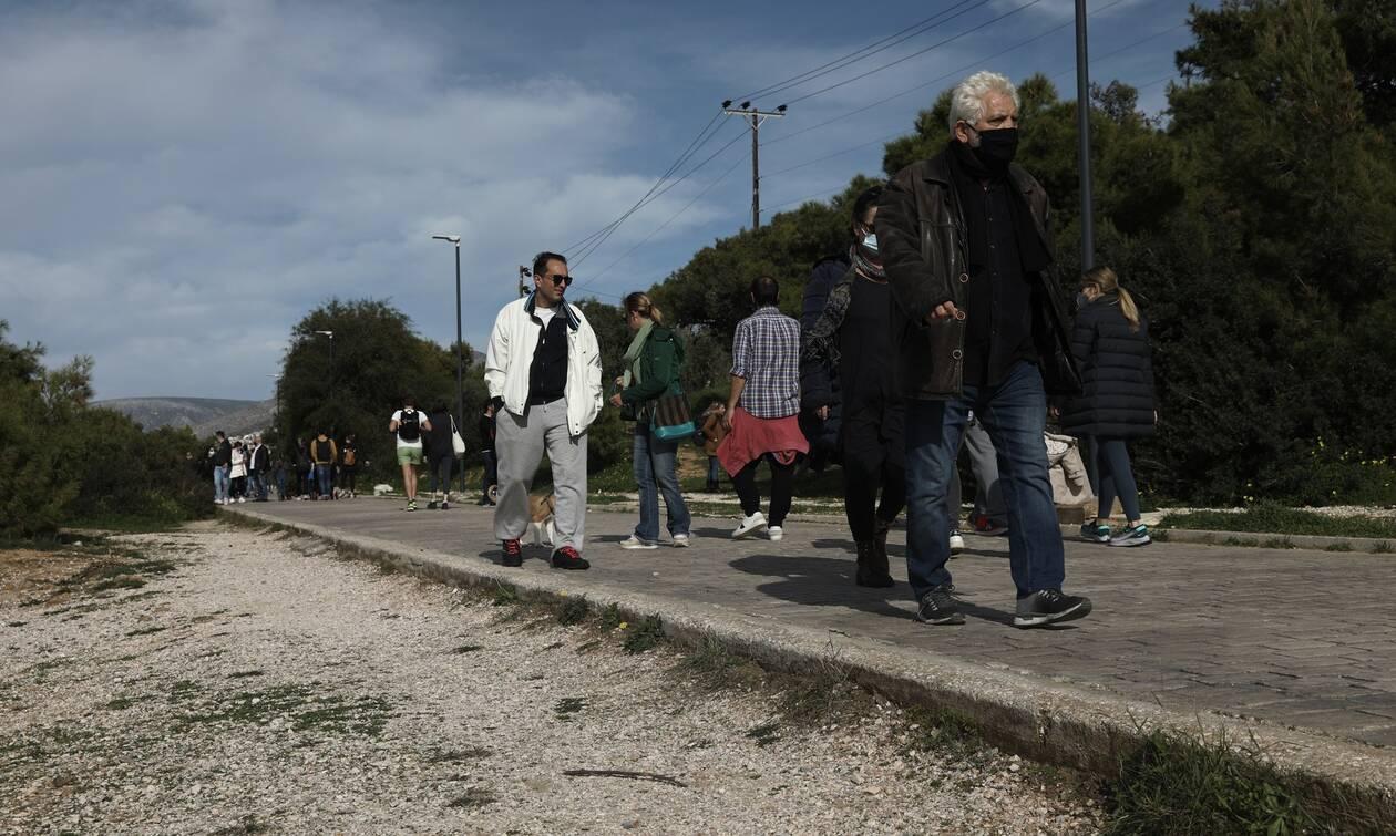 Κορονοϊός - Τζανάκης: Έχουν επικρατήσει οι μεταλλάξεις - Μετά τις 25 Μαρτίου έρχεται αποκλιμάκωση