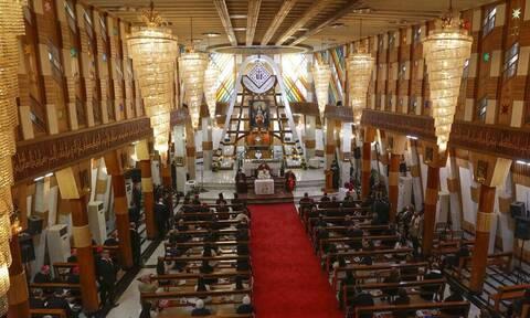 Πάπας Φραγκίσκος: Ιστορική επίσκεψη στο Ιράκ - Τέλεσε λειτουργία ενώπιον πιστών