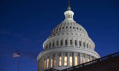 ΗΠΑ: Πέρασε από τη Γερουσία το πακέτο 1,9 τρισ. δολαρίων του Μπάιντεν