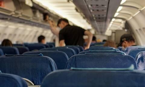 Πανικός στον αέρα: Ο απρόσμενος «επισκέπτης» οδήγησε αεροπλάνο σε αναγκαστική προσγείωση