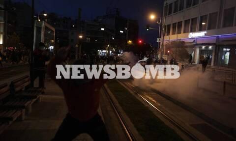 Νέα Σμύρνη: ΕΔΕ για τα βίντεο με αστυνομικούς να συμπλέκονται με πολίτες - Επεισόδια μετά από πορεία