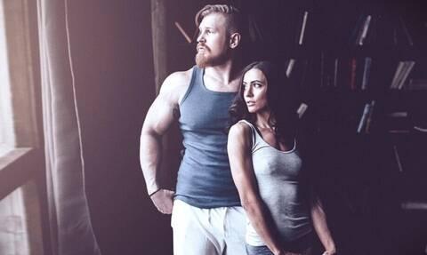 Σεξ: Γιατί οι γυναίκες βρίσκουν ελκυστικούς τους αγενείς άντρες;