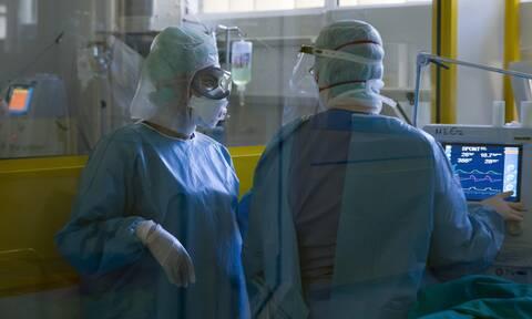 Κορονοϊός: Δραματική κατάσταση στα νοσοκομεία - Σχέδιο μεταφοράς ασθενών απο την Αθήνα στην επαρχία