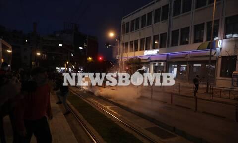Εισαγγελική έρευνα για τις εικόνες αστυνομικής βίας στην πλατεία της Νέας Σμύρνης