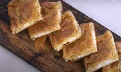 Άκης Πετρετζίκης: Η τυρόπιτα της μαμάς του σεφ!