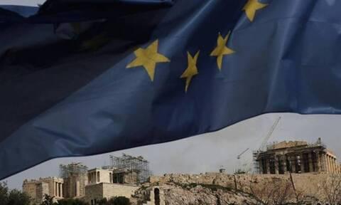 Η Ελλάδα έως το 2027 θα εισπράττει 4,6 ευρώ για κάθε 1 ευρώ που θα δίνει στην ΕΕ