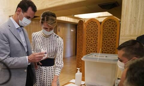 Συρία: O Aσαντ κι η σύζυγός του Aσμα θετικοί στον κορονοϊό
