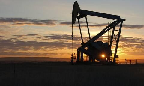 ΗΠΑ: Κλείσιμο χωρίς κατεύθυνση στη Wall Street - Απώλειες για το πετρέλαιο
