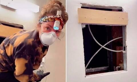 Νέα Υόρκη: Ανακάλυψε κρυφό διαμέρισμα πίσω από τον καθρέφτη του μπάνιου της