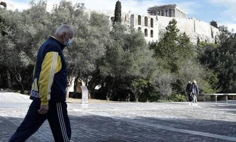 Κορoνοϊός - Βασιλακόπουλος: «Περνάμε τη χειρότερη φάση» - Έτσι θα γιορτάσουμε το Πάσχα