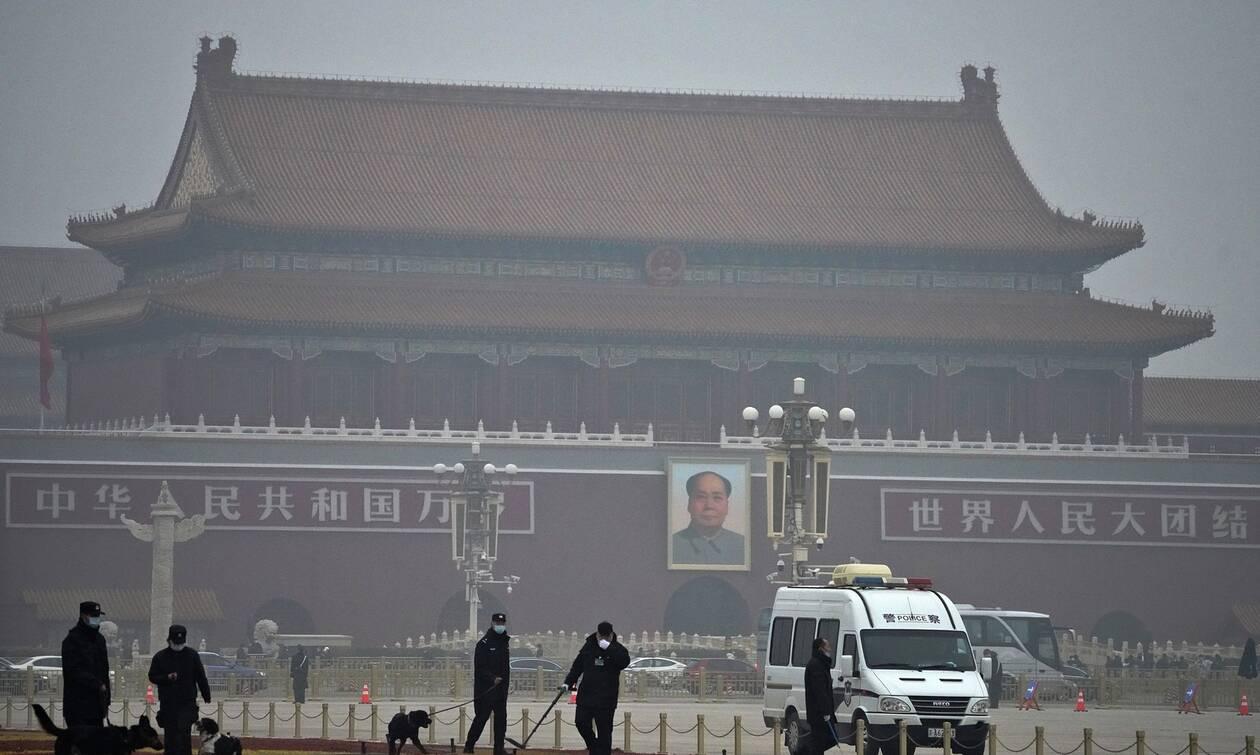 Η Κίνα καθιερώνει «διαβατήριο υγείας» για τα διεθνή ταξίδια