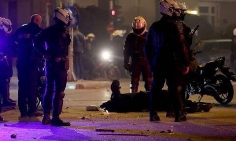 Επεισόδια Νέα Σμύρνη:  ΚΙΝΑΛ - «Καταδικάζουμε απερίφραστα την επίθεση κατά του αστυνομικού»