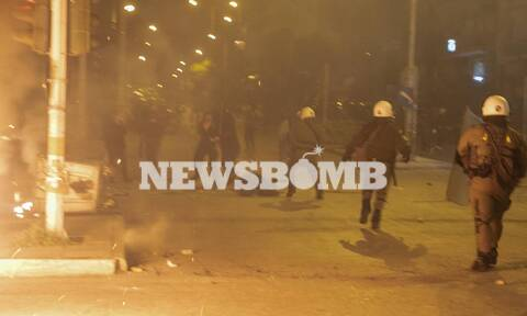 Νέα Σμύρνη: «Είμαι καλά, θα αντέξω» - Η πρώτη δήλωση του τραυματία αστυνομικού
