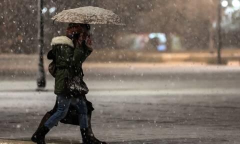 Καιρός: Σε εξέλιξη το νέο κύμα κακοκαιρίας - Πού θα χιονίσει τις επόμενες ώρες