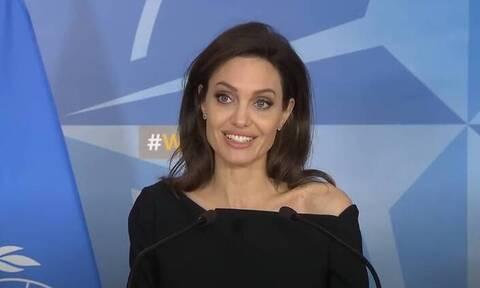 Top10: Δέκα απίθανα πράγματα που δεν γνωρίζαμε για την Angelina Jolie