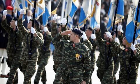 Παρέλαση 25 Μαρτίου: Θα γίνει μόνο η στρατιωτική, όχι οι μαθητικές ανακοίνωσε η κυβέρνηση