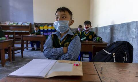 Κορονοϊός - UNICEF: «Μια χαμένη γενιά» - Κλειστά σχολεία, φτώχεια, κατάθλιψη και αναγκαστικοί γάμοι