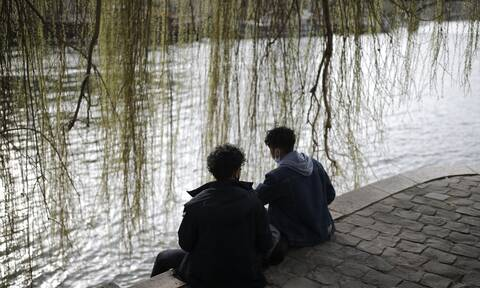 Σοκ στη Γαλλία από το άγριο έγκλημα με έφηβους δράστες-Έπνιξαν συμμαθήτριά τους στο Σηκουάνα