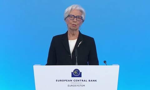 Επιταχύνει σημαντικά τις αγορές ομολόγων η ΕΚΤ – Πέφτουν οι αποδόσεις