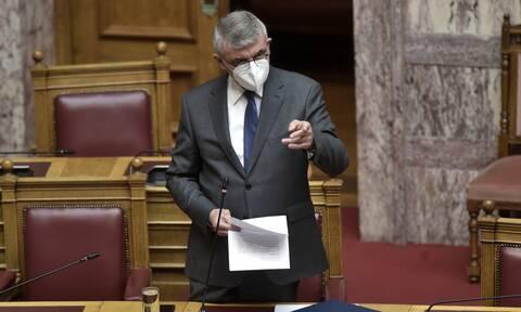 Αλλάζει το ασφαλιστικό σύστημα: Στη Βουλή ο «ατομικός κουμπαράς» - Πότε τίθεται σε ισχύ