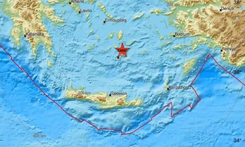 Σεισμός μεταξύ Ίου και Σαντορίνης (pics)