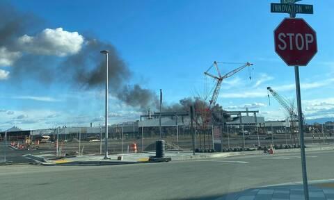 ΗΠΑ: Φωτιά στο εργοστάσιο της Tesla στο Φρίμοντ