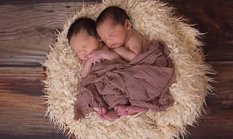 Οι γεννήσεις διδύμων έχουν αυξηθεί κατακόρυφα - Ένα στα 42 παιδιά που γεννιούνται είναι δίδυμο