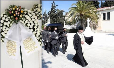 Θλίψη στην κηδεία του Θεόφιλου Βανδώρου