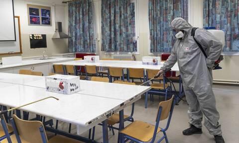 Ρεπορτάζ Newsbomb.gr: Κλείνουν τα σχολεία σε όλη την Ελλάδα για δύο εβδομάδες