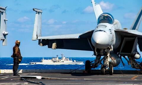 Ταγίπ, έχεις μήνυμα: Φτερό με φτερό ελληνικά F-16 με αμερικανικά F-18, πάνω από το Αιζενχάουερ