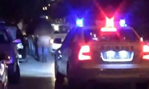 Έτσι έγινε το «ντου» στο νυχτερινό κέντρο - Οι αστυνομικοί έκαναν τους πελάτες πριν την επέμβαση