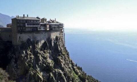 Lockdown στο Άγιον Όρος για τους προσκυνητές μέχρι τις 31 Μαρτίου