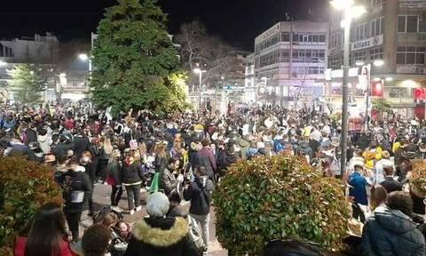 Κορονοϊός: «Υγειονομική βόμβα» τα πάρτι για τις Απόκριες – Έρχεται «δύσκολη εβδομάδα»