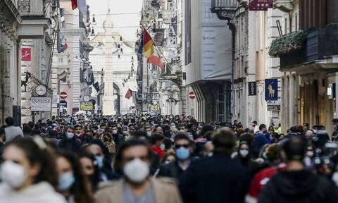 Κορoνοϊός - Ιταλία: Πάνω από 15.000 τα νέα κρούσματα - 354 νέοι θάνατοι