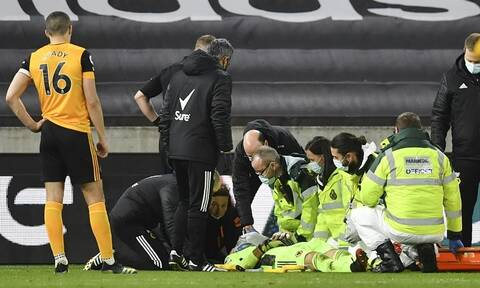 Premier League: Σοκαριστικός τραυματισμός – Αποχώρησε με φορείο κι οξυγόνο (video)