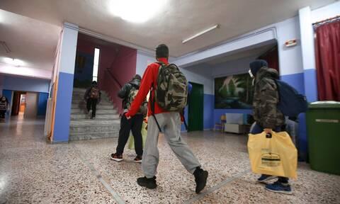 Σχολεία: Πόση θα είναι η παράταση του σχολικού έτους – Η εκτίμηση της Ζέτας Μακρή