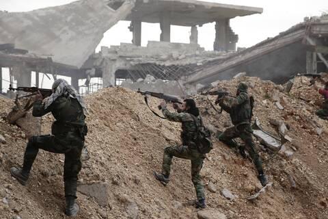 Πολύνεκρη ενέδρα στη νότια Συρία: Τουλάχιστον 12 στρατιώτες νεκροί