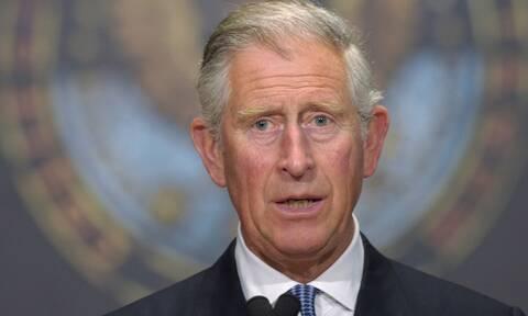Πρίγκιπας Κάρολος:«Τα εμβόλια απελευθερώνουν-Να παντρέψουμε συμβατική και εναλλακτική Ιατρική»